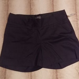 The Limited cute black shorts NWT